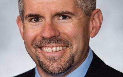 Lincoln Airport Authority Executive Director Earns Prestigious Accreditation